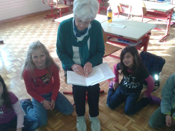Generationen im Klassenzimmer